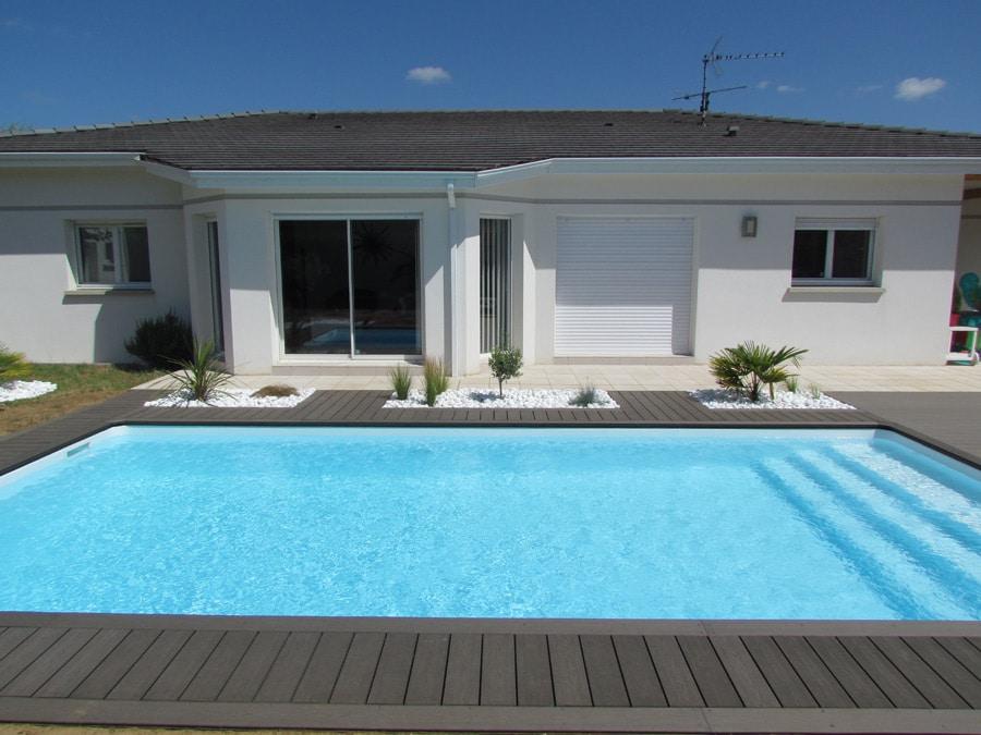 4 id es d co pour am nager votre espace piscine villas trident. Black Bedroom Furniture Sets. Home Design Ideas